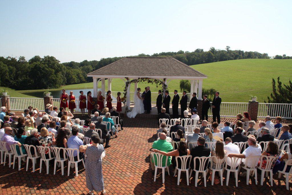 Country wedding pavillion