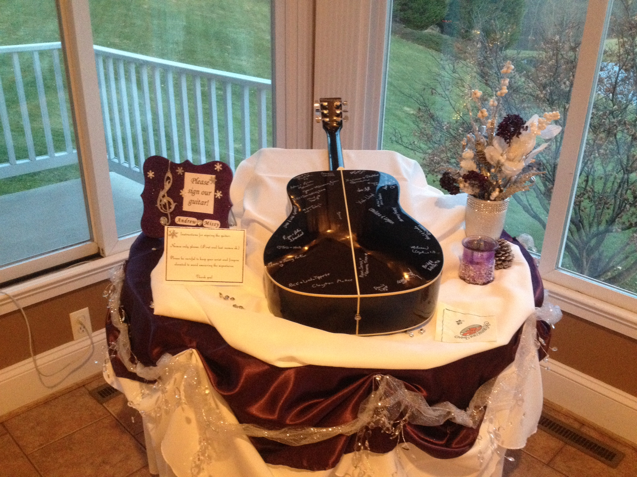 Guitar Wedding Guest Bood