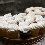 homemade cupcakes as a wedding favor