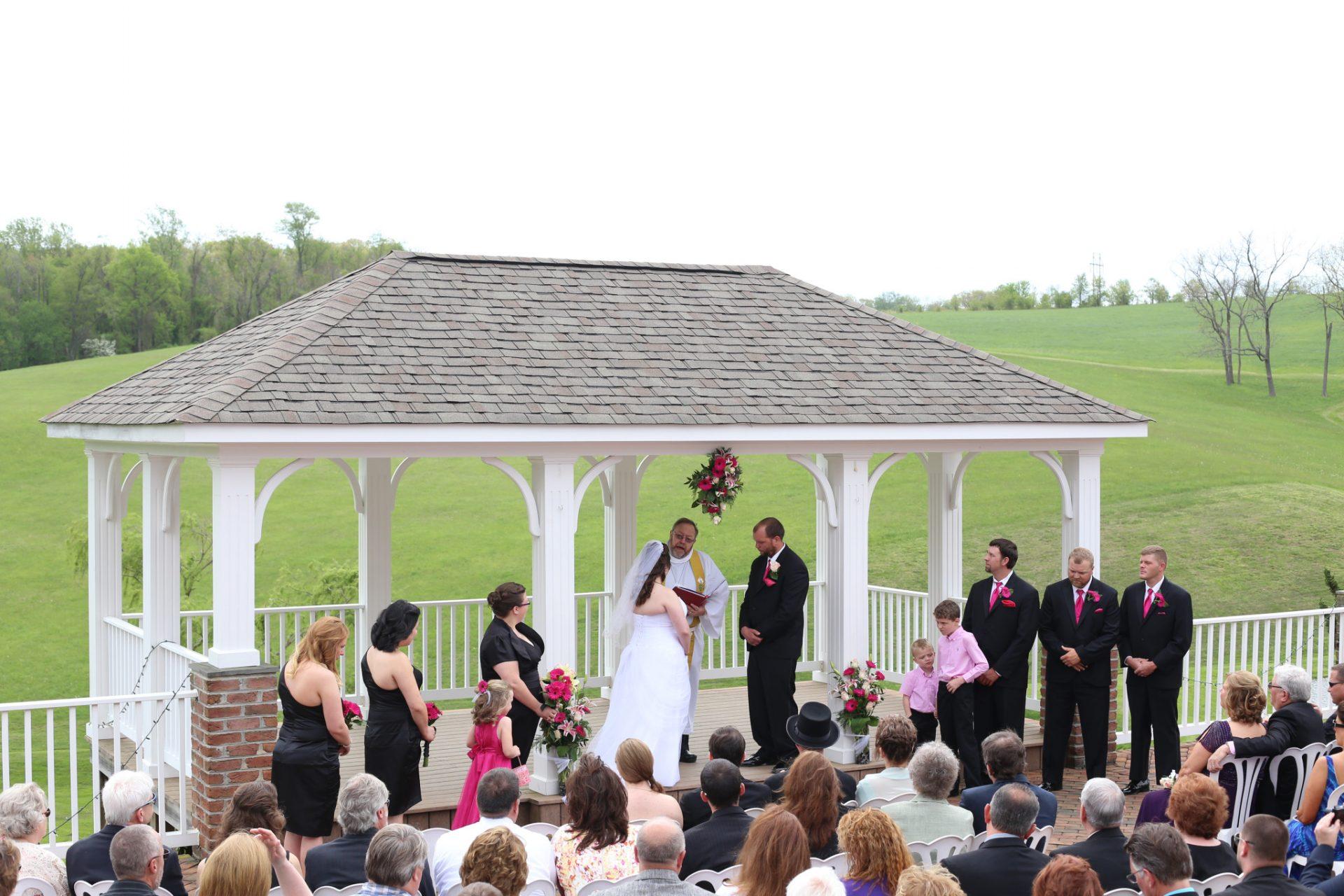 Kelly & Bryan's Outside Wedding • Morningside Inn