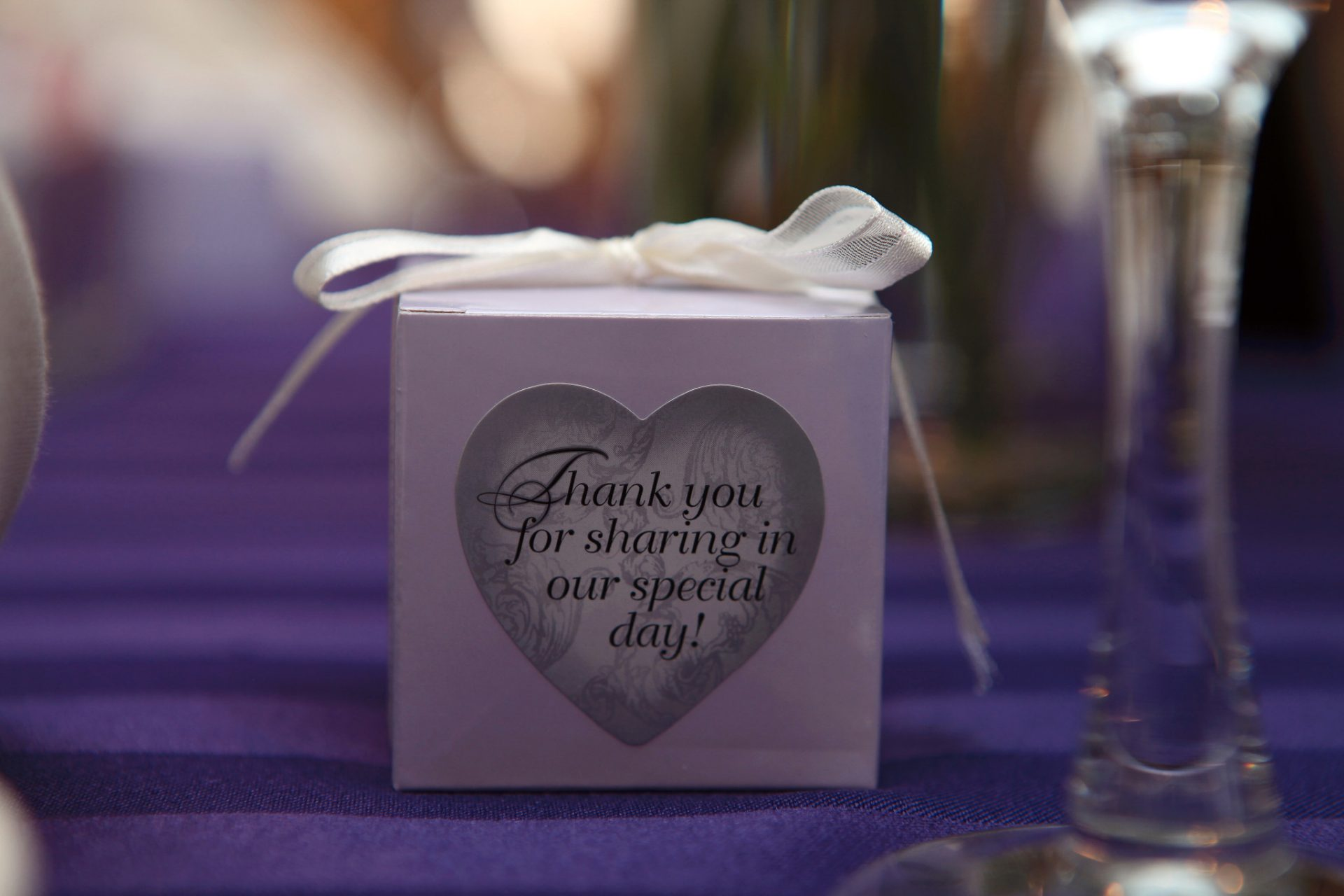 Wedding box wedding favor with ribbon