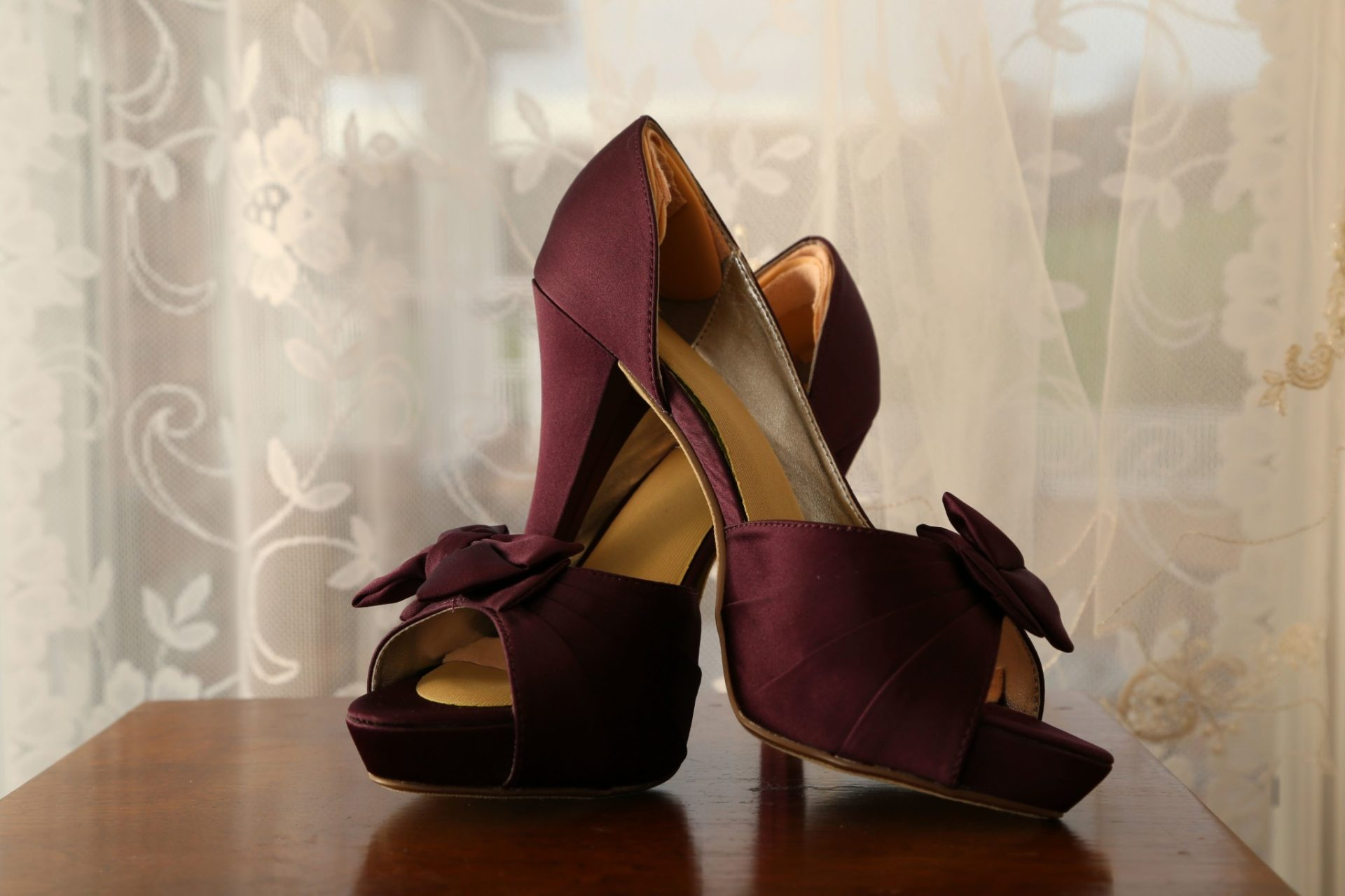 bride shoes for fall wedding