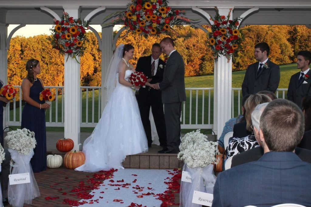 Fall wedding venue in maryland morningside inn provides awesome