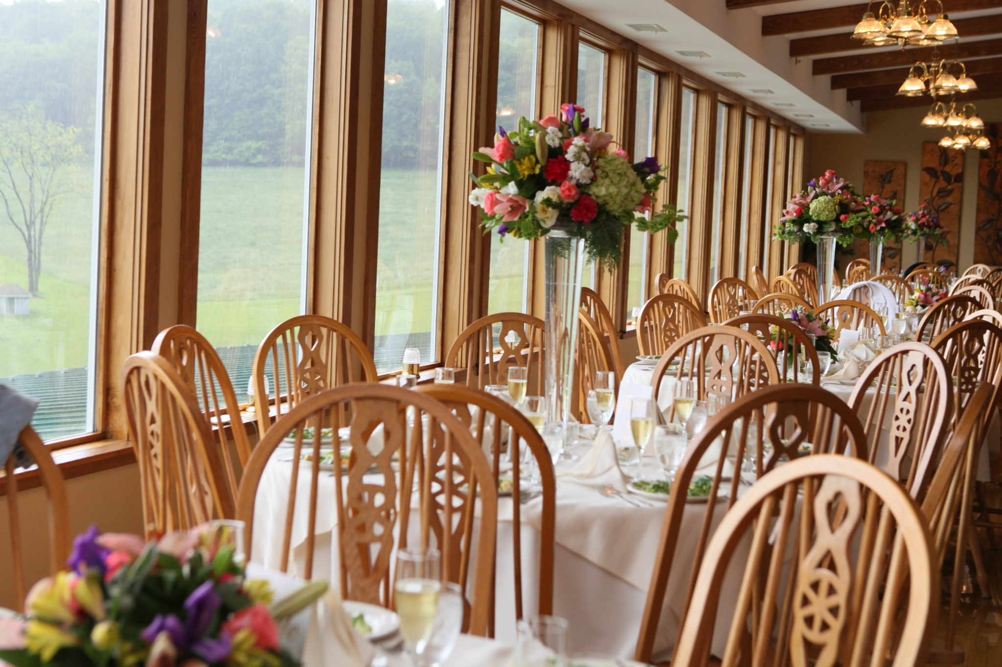 Wedding receptions in Frederick Maryland are held at Morningside Inn