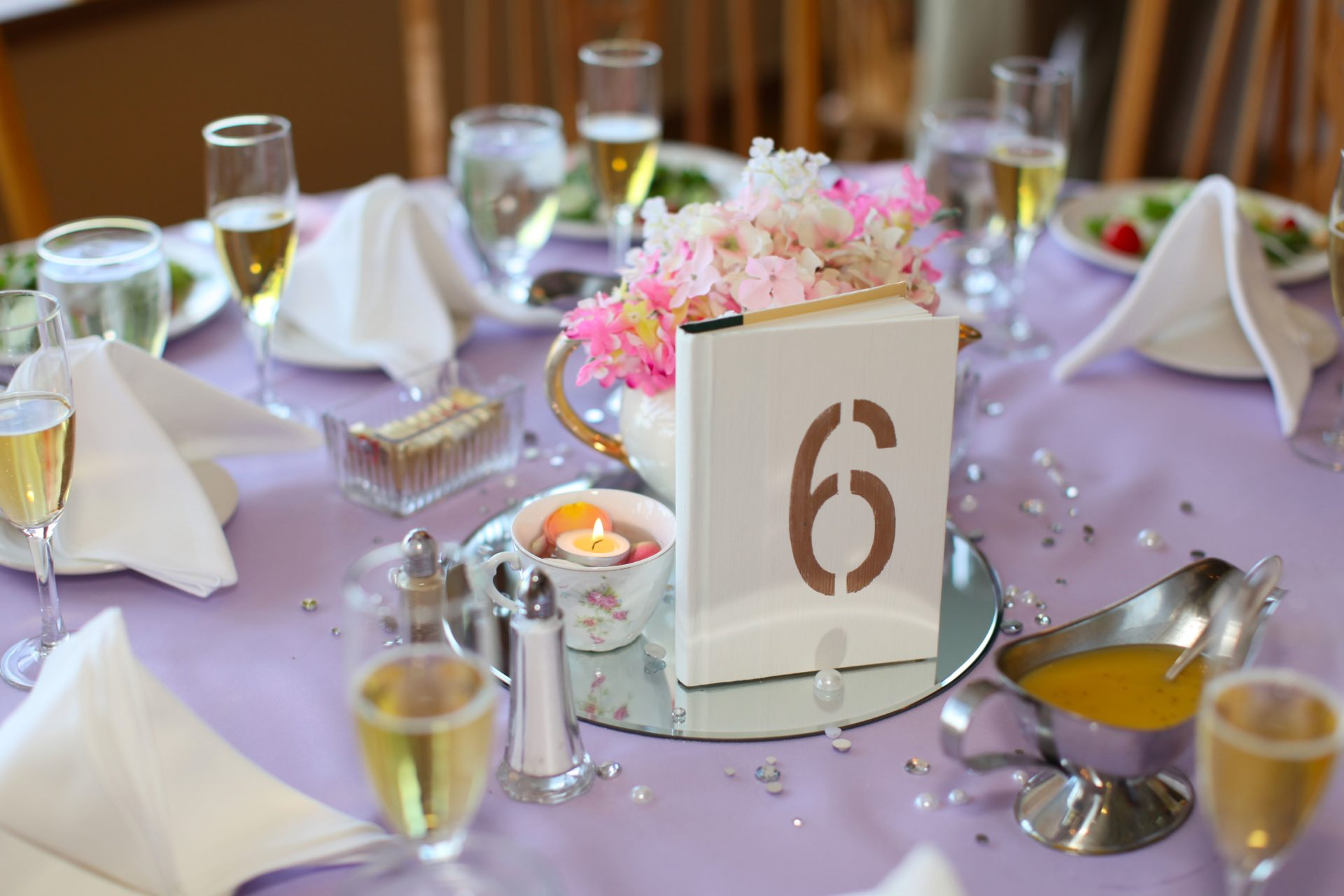 Tea party theme wedding table centerpiece idea