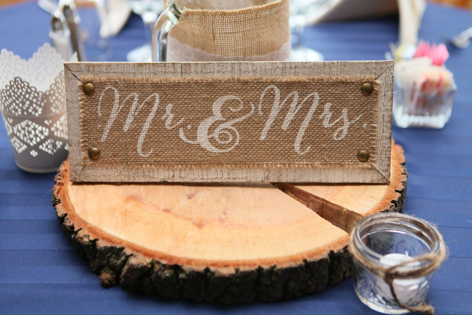 Wedding head table with wood decoration